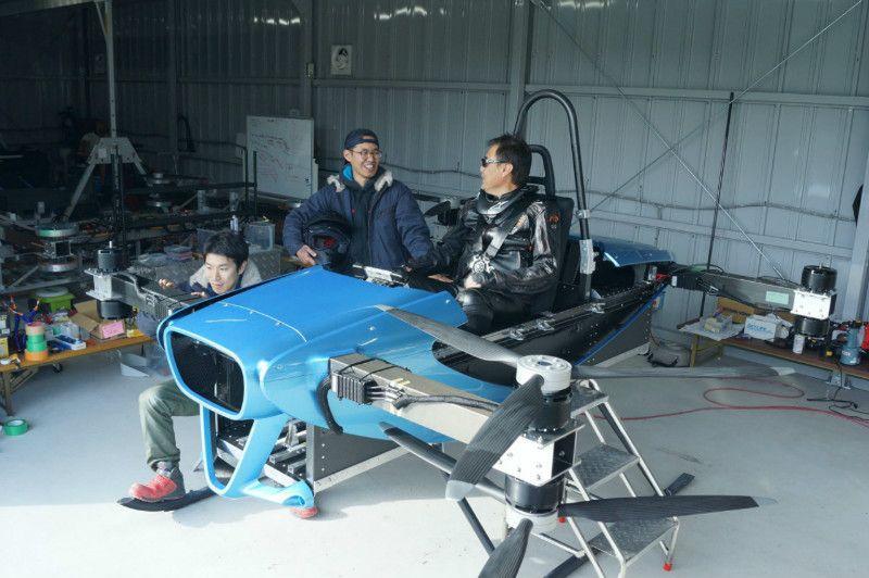 2023年の発売を目指して空飛ぶクルマの有人飛行試験が開始
