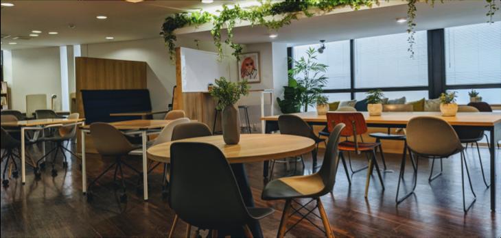 オフィス家具や家電を交換し放題のサブスクリプションサービスが開始