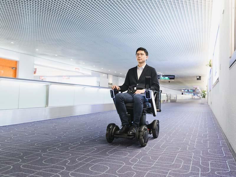 羽田空港国内線第1ターミナルにて「WHILL自動運転システム」の運用開始