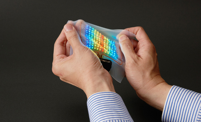 Tokyo University and DNP succeed in developing a skin-attachable display